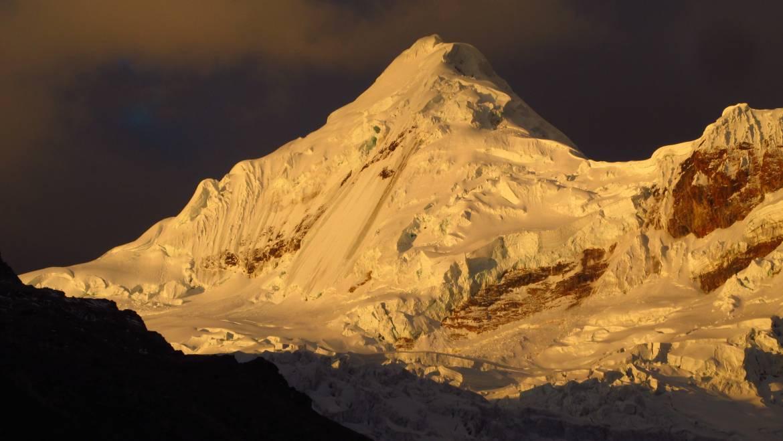 Tocllaraju 6032 msnm